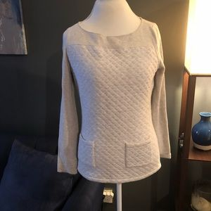 J.McLaughlin Gray Quilted Top w/ Pockets